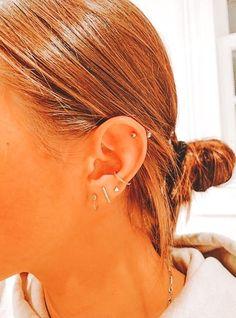Ear Piercing For Women, Unique Ear Piercings, Cute Piercings, Ear Jewelry, Cute Jewelry, Jewlery, Piercings Bonitos, Ear Peircings, Second Piercing