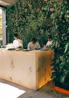 Así es ORIGEN, el nuevo restaurante 'fusión' de Bilbao Bilbao, Rocks, Fire, Earth, Parks, Restaurants, Green, Stone, Batu