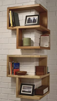 Eckregal ikea eckregal selber bauen eckregal holz eckregal wohnzimmer kreative wandgestaltung deko ideen diy Bombs Do When Bored Wood Corner Shelves, Wooden Shelves, Wood Shelf, Box Shelves, Corner Storage, Glass Shelves, Bookshelf Ideas, Ikea Storage, Closet Shelves