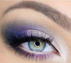 Trucco occhi verdi con ombretto viola