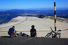 Cycling on top of the Mont-Ventoux - http://www.provenceguide.co.uk/home/vaucluse-in-provence/what-to-do-and-see/outdoor-activities.aspx #tourismepaca