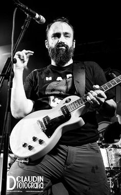 neil fallon from clutch.