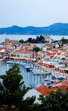 GREECE CHANNEL | Town of #Samos #Island (North Aegean), #Greece http://www.greece-channel.com/