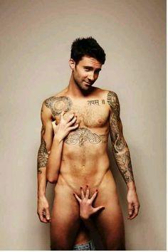 Adam Levine Maroon 5 - naked