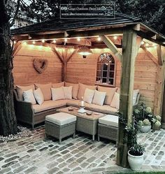 * For an impressive patio, pay attention to lighting. When choosing your lighting, make sure that your patio is compatible with the furniture. * Patio flooring material is suitable for creating unique Budget Patio, Design Jardin, Garden Design, Deck Design, Backyard Patio Designs, Backyard Ideas, Small Backyard Patio, Patio Area Ideas, Small Backyard Design