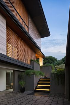 Image 18 of 24 from gallery of CL House / Axial Studio. Photograph by Mario Wibowo Japanese Modern House, Modern Tropical House, Tropical House Design, Modern House Design, Tropical Houses, Modern Exterior House Designs, Modern House Facades, Contemporary Design, Tropical Architecture