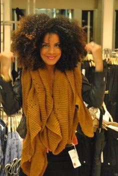 Natural Hair - Big Fro || 10% off + 6% cash back! <3  http://www.studentrate.com/all/get-all-student-deals/Carol-s-Daughter-Discounts--amp--Coupons--/0
