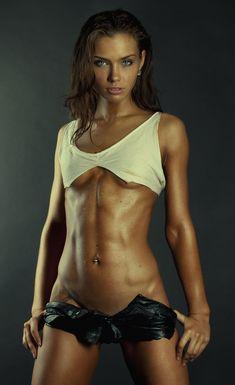 Workout Fitness Girls http://findanswerhere.com/trainingequipment