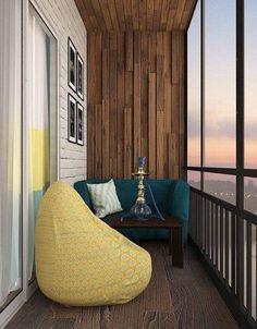 Балкон с диваном и кальяном
