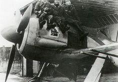 Asisbiz Aircrew Luftwaffe 2.JG11 Black 13 Erich Hondt Michael Widmann and Erich Bartels 01 Luftwaffe, Ww2 Aircraft, Fighter Aircraft, Focke Wulf 190, Radial Engine, The Spitfires, Aircraft Design, Nose Art, Royal Air Force