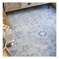 Alfombra de algodón de gran porte en dos tamaños grandes con trenzado de alta densidad para salón o habitaciones en tonos azules. De 2200 g/m2.