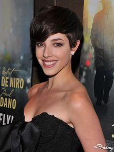 olivia thirlby.  this cut would be super cute with a sidecut as well.