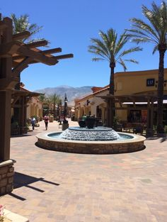 Los Angeles and San Diego  – LereaseTravels.com - Desert Hills Premium Shopping Outlet - VERY HOT!
