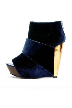 want these waiting for me when fall hits...Messeca Coraline Velvet Heel