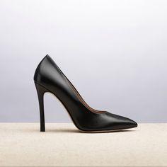 MANHATTAN BLACK _ SPRING SUMMER 2015 COLLECTION | #altiebassi #spring #summer #2015 #sophisticated #italianshoes #woman