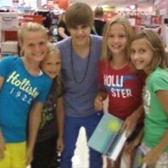 When I met Justin bieber with Alex Hannah and grace.