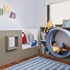 Angolo lettura camera bambini