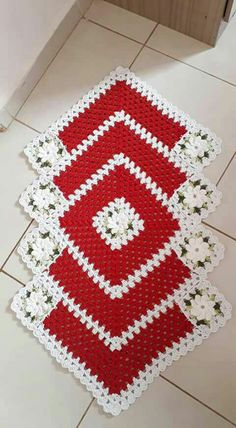 21 Ideas crochet flowers pattern for hat granny squares for 2019 Crochet Cowl Free Pattern, Granny Square Crochet Pattern, Crochet Flower Patterns, Doily Patterns, Crochet Squares, Crochet Granny, Crochet Doilies, Easy Crochet, Crochet Flowers