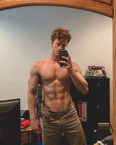 Hot Ginger Men, Redhead Men, Abs Boys, Young Cute Boys, Cute White Boys, Hommes Sexy, Poses For Men, Hot Hunks, Muscular Men