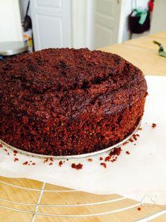 Feltettem a nagy kérdést hétvégére, miszerint Milyen sütit süssek? Répatortát?…