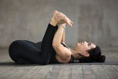 5 Yoga Moves Your Evening Routine Is Seriously Lacking - Vital Proteins Best Picture For Daily Workout for men For Your Taste You are looking for something, and it is going to tell you exactly what yo Morning Sun, Morning Yoga, Happy Baby Pose, Eagle Pose, Corpse Pose, Plank Pose, Dog Poses, Bridge Pose, Evening Routine