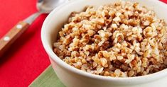 Farro is an ancient grain with a texture similar to that of barley. Its slightly nutty flavor is underscored by the earthiness of dried wild mushrooms and sage in this simple recipe. Kefir, Wild Mushrooms, Stuffed Mushrooms, Snack Recipes, Healthy Recipes, Dukan Diet, Oatmeal, Grains, Easy Meals
