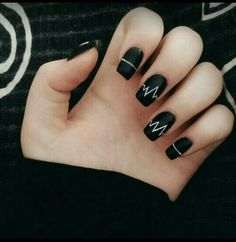 Incredible Black Nail Art Designs for Girls - More Nails 3 - Uñas Black Nail Art, Black Nails, Matte Black, Black Glitter, Black Art, Black White, Black Nail Designs, Nail Art Designs, Nails Design