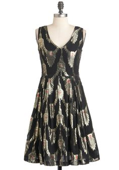 WOW--beautiful dress from mod cloth    Chandelier to Stay Dress - Black, Print, Pleats, A-line, Sleeveless, Long, Silver, Red, Holiday Party