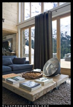 View full picture gallery of Chalet La Grange Chalet Chic, Hotel Chalet, Chalet Style, Chalet Meribel, Chalet Interior, Interior Design, Living Room Modern, Living Room Decor, Living Rooms
