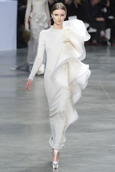 Shoe Highlights from Paris Couture Spring '13: Stéphane Rolland Spring Couture 2013