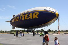 any tots: The Good Year Blimp: Up Close and Ready to Fly