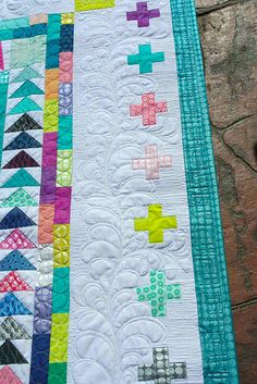 #Tula100 & Marcelle Medallion Quilted! | Kathleen Quilts