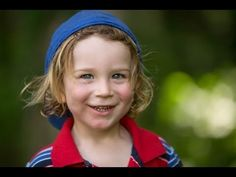 ▶ Outdoor Portraits Tutorial: How to use natural light and fill flash with digital photography - YouTube