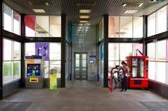 Station de self-réparation pour vélo. Pour la future gare de Mons (utile hors de heures d'ouverture du point vélo)