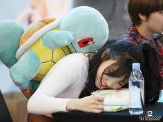 My lil bunny ! Kpop Girl Groups, Kpop Girls, Nayeon Twice, Im Nayeon, Be My Baby, Feeling Special, Dance The Night Away, One In A Million, K Idols