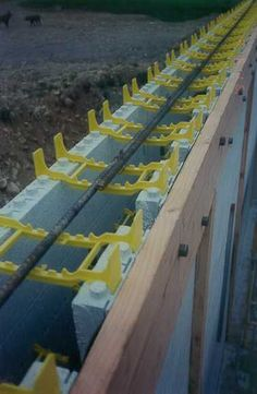 Photos of ICF Construction Details using Insulated Concrete Forms for walls Insulated Concrete Forms, Concrete Blocks, Concrete Slab, Building Foundation, House Foundation, Concrete Formwork, Stained Concrete, Types Of Insulation, Floor Insulation