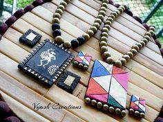 Pretty designs Funky Jewelry, Jewelry Model, Fabric Jewelry, Wooden Jewelry, Simple Jewelry, Resin Jewelry, Jewelry Ideas, Terracotta Jewellery Making, Terracotta Jewellery Designs