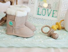 Bundle Up, Baby! Winter Baby Shower (Glitter Pacifiers)