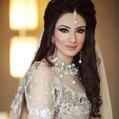 @alyzehgabol looking super beautiful in @shizahassanofficial Makeup by #Madeeha Photo: @stylestrippedpk