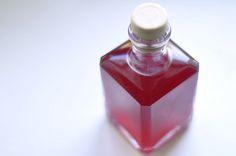Zum Verschenken: Granatapfelessig // Gifts from the Kitchen: Pomegranate Vinegar // Berliner Küche