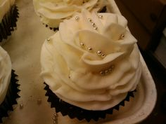 Rose cupcakes for a bridal shower