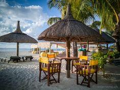 Dinarobin Beachcomber Golf & Spa Resort – ein kleines Fleckchen Paradies auf Mauritius  #Mauritius #Dinarobin #beach Mauritius, Strand Resort, Golfer, White Sand Beach, Gazebo, Spa, Outdoor Structures, Patio, Vacation