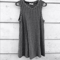 Skater dress Gorgeous dress, heavier winter material. Brand new from Francesca's. Size medium Francesca's Collections Dresses Mini