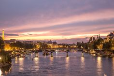 A perfect holiday is all about the experiences we have, the places we discover, the people we meet and memories we make ! Photo Story, Paris Photos, We The People, Parisian, New York Skyline, Meet, Memories, Sunset, Lifestyle