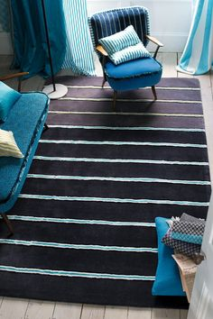 LuxPad: How To Choose The Perfect Rug || Image Courtesy of Designers Guild || Stripes are a fail-safe pattern & work well in any space.