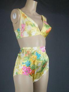 a821ffdcd vanity fair nylon panties bra collection set vintage nightgown cami  babydoll slip sunny silky floral flowers 60s medium 6 32 B C small