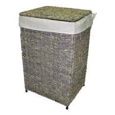 The woven maize hamper is the ideal choice for a flexible and stylish laundry solution. This versatile handcrafted hamper is made of high quality maize with a metal frame for strength and durability.