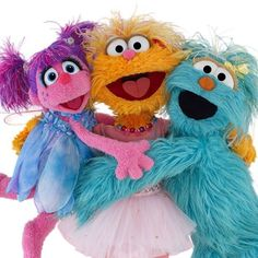 No offence, but I hate these new Sesame Street characters. I like it old-school. Sesame Street Characters, The Muppet Show, Sesame Street Party, Toy R, Jim Henson, Hand Puppets, Kermit, Elmo, Childhood