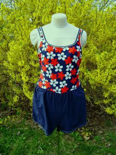 Swimsuit Woman Size 16 Red White Blue Floral Short by junquegypsy, $42.00