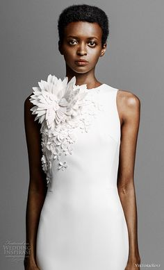 viktor and rolf spring 2019 bridal strapless sweetheart neckline heavily embellised bodice simple minmalist sheath wedding dress sweep train (9) zv